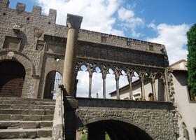 Витербо — город в Лацио (Италия) — застывший навсегда в 12 веке