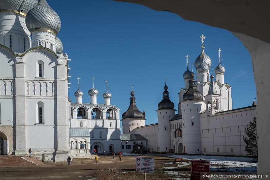 Главная достопримечательность Ростова - Кремль.