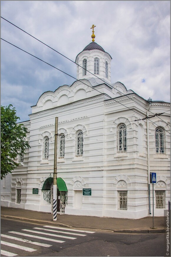 Смоленскую часовню-церковь построил Преподобный Макарий (Глухарев), Алтайский миссионер