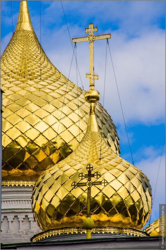 Богоявленско-Анастасиин кафедральный собор - кресты