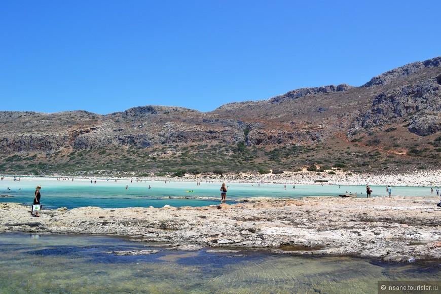 На Балосе очень много мелких водяных ванночек,  вода в них прогревается градусов до 40