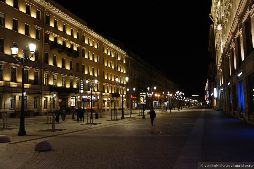 Малая Конюшенная улица.