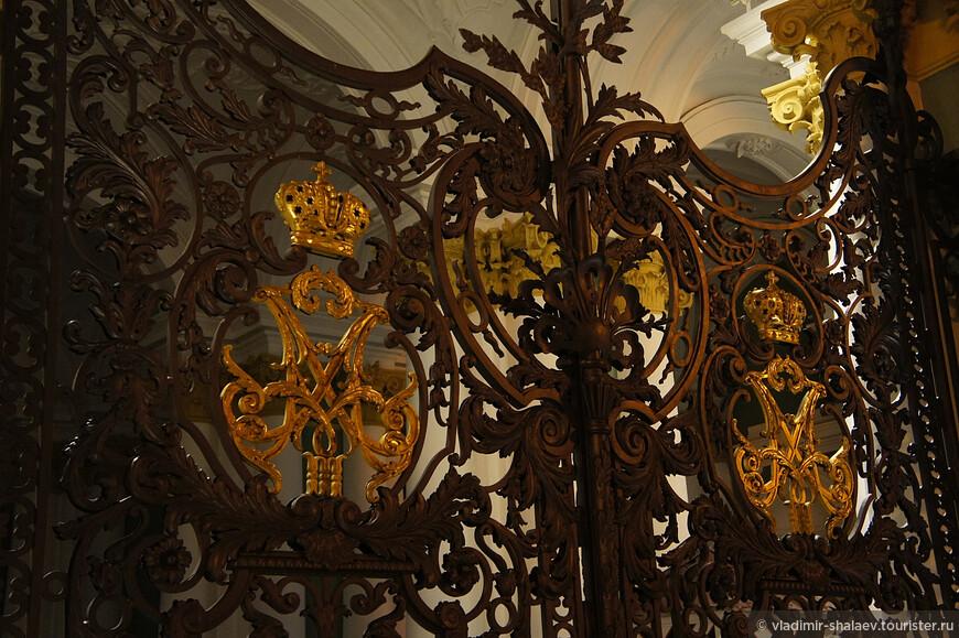 Ворота Зимнего дворца.