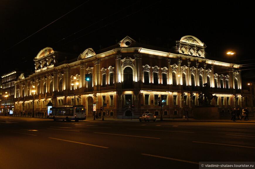 Дворец Белосельских - Белозерских.