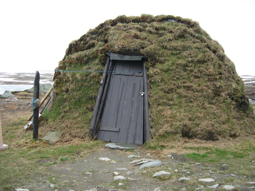 Домик Саама, малочисленного народа Лапландии