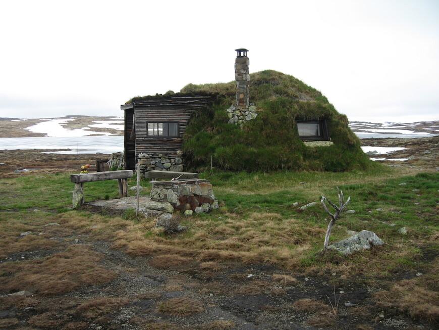 В Норвегии живет  около 50 тыс саамов, а всего на свете их около 80 тысяч