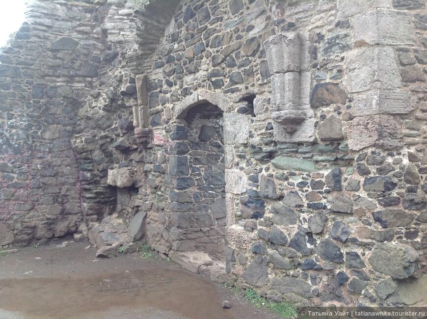 Руины часовни св. Антони