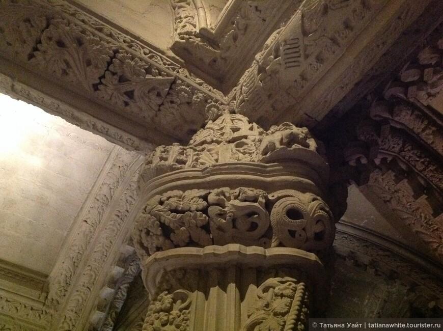Завораживающая каменная резьба Капеллы Рослин