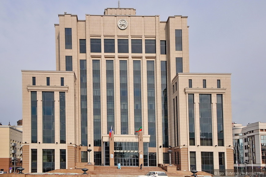 20. Здание правительства, в Казани есть целый правительственный квартал – все в одном месте.