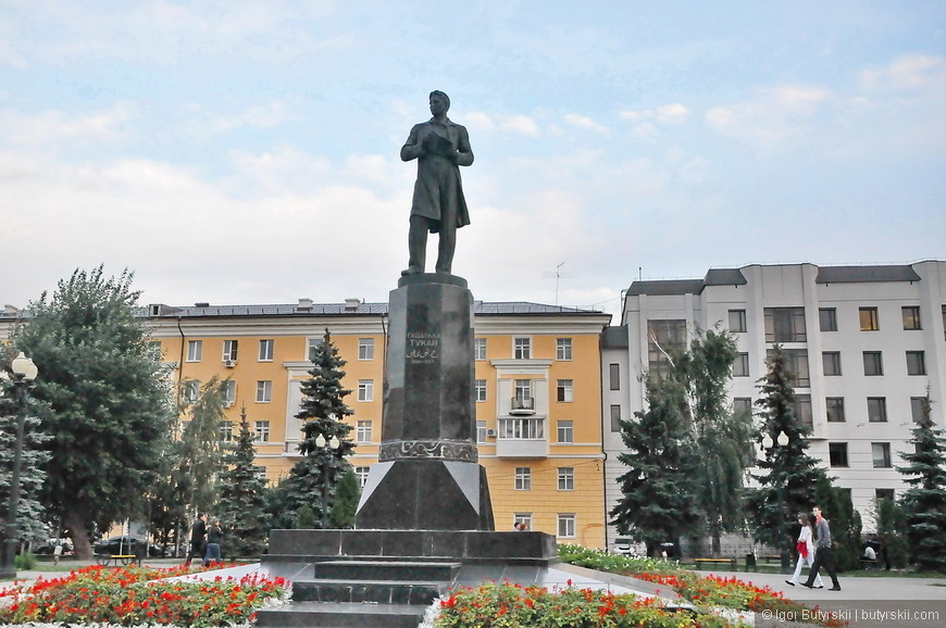 39. Памятник Габдулла Тукая, одного из самых именитых людей в Татарстане.