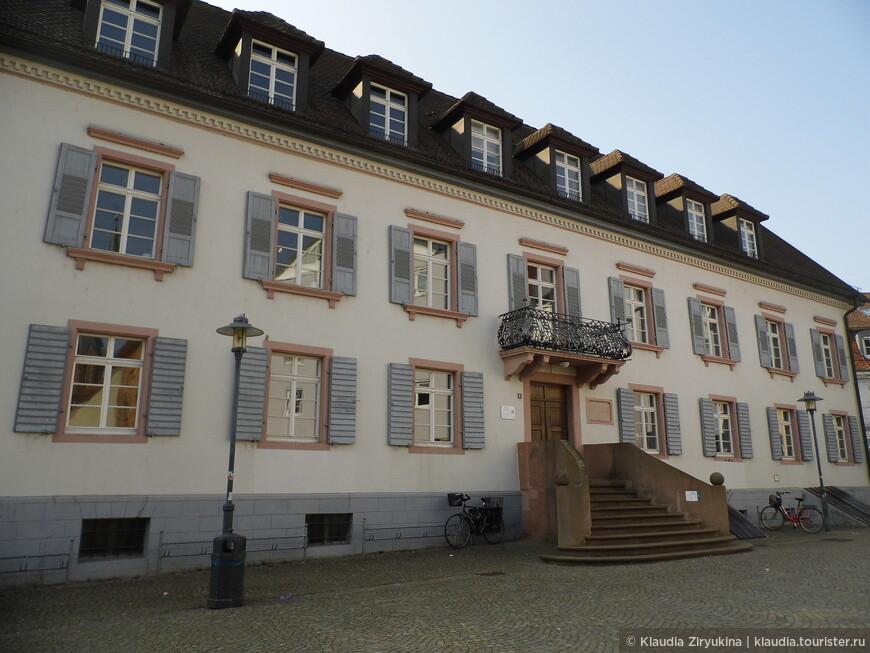 А вот и дом, где останавливался Гете. Его родная сестра была замужем за местным бургомистром.