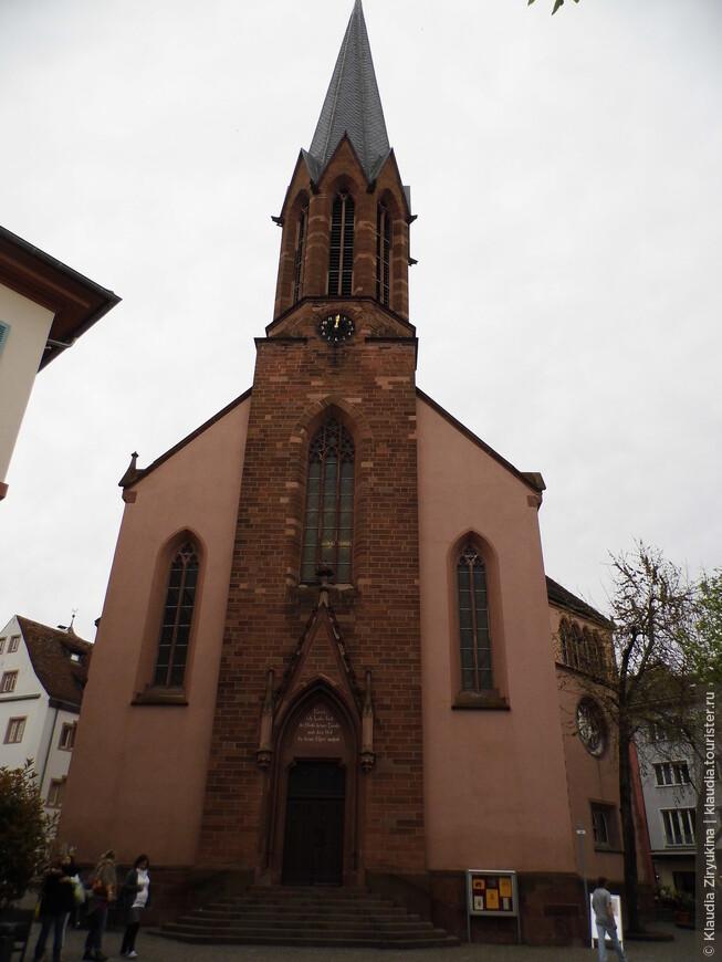 Лютеранская церковь 15 века.