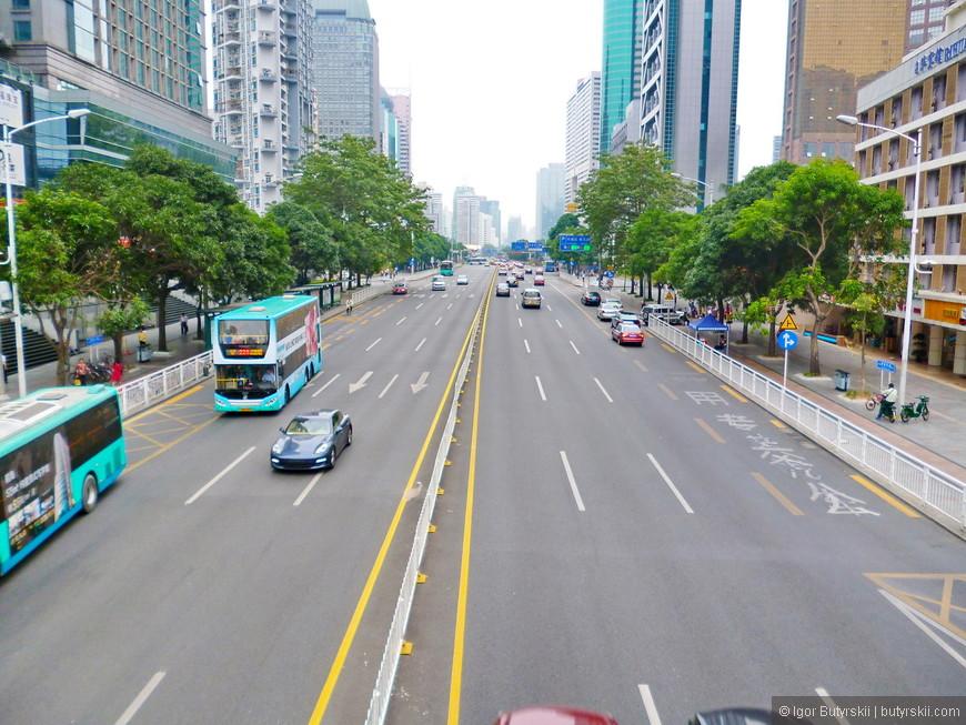 16. В Шеньчжене очень мало пробок, в город нельзя просто переехать, установлен лимит на людей и обязательно трудоустройство.