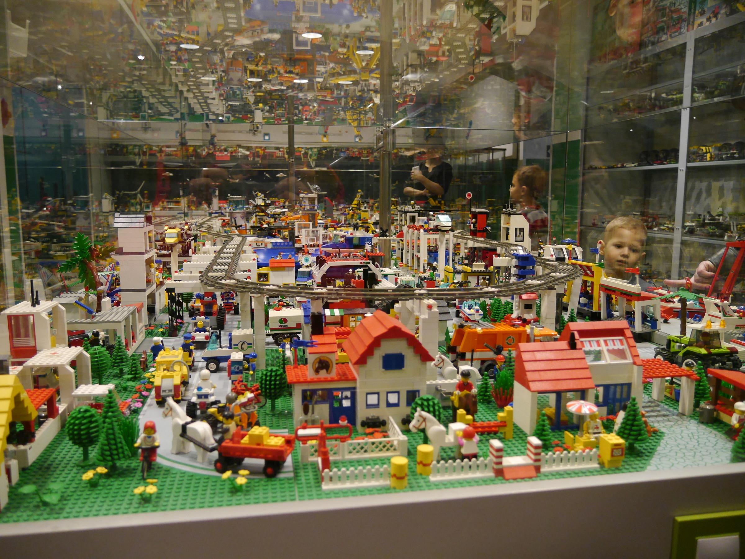 Музей игрушки новосибирск цена билета афиша театра неформат