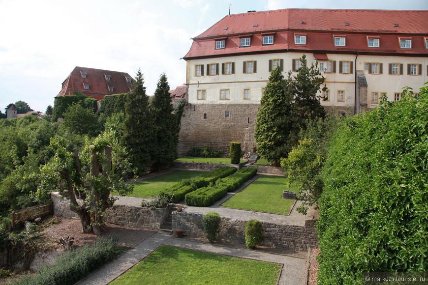 Ротенбург-на-Таубере, продолжаем гулять по улицам и паркам.