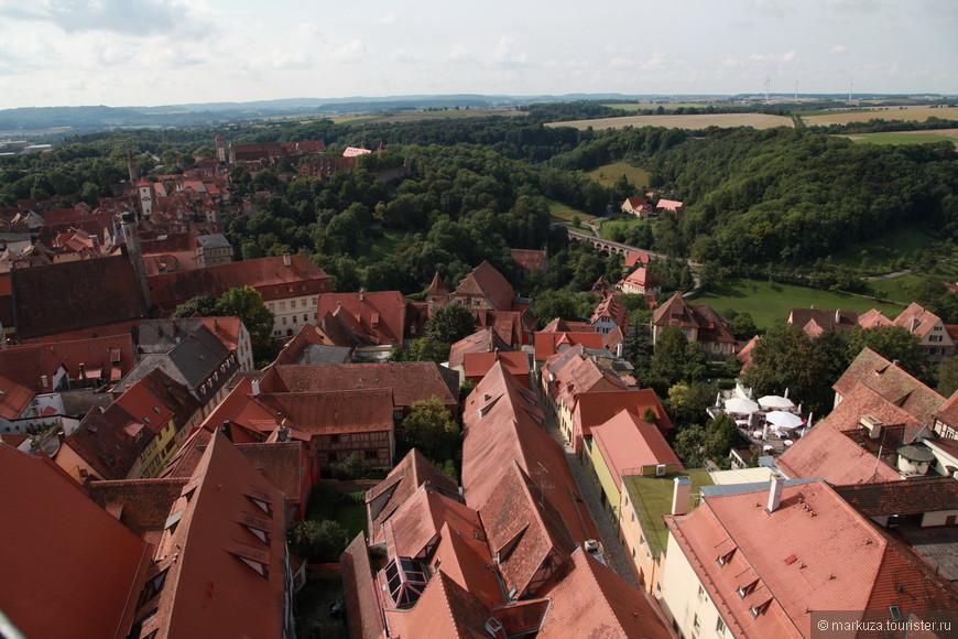 Вид на город с башни ратуши