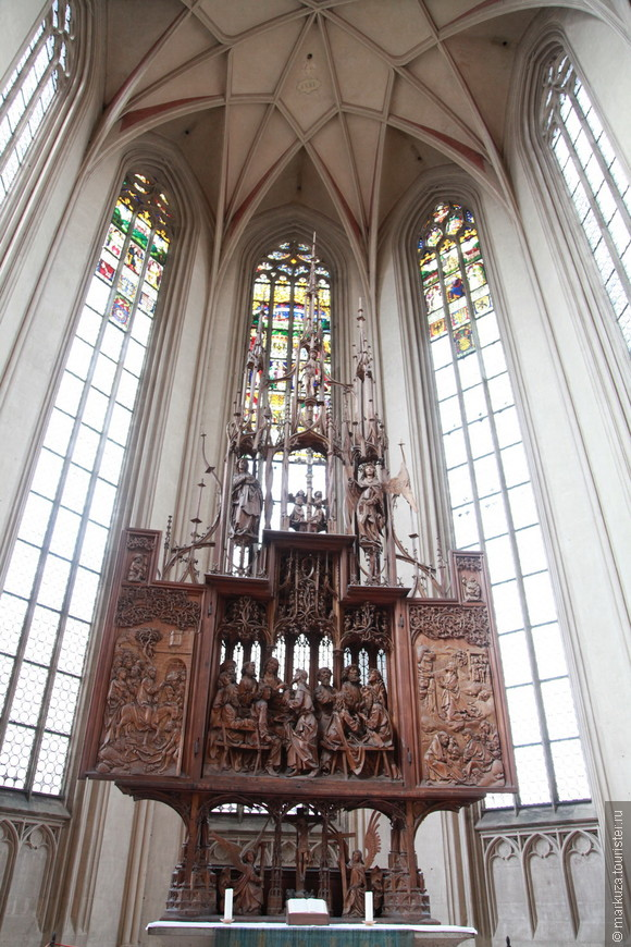 Церковь св. Иакова, Алтарь Святой Крови