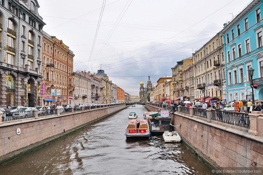 04. Смотря на такие каналы так захотелось иметь свою лодочку и неспешно кататься по городу.
