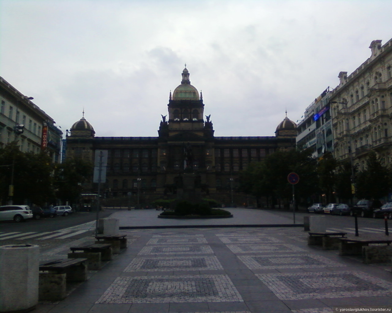 Национальный музей на Вацлавской площади., Пражские открытки
