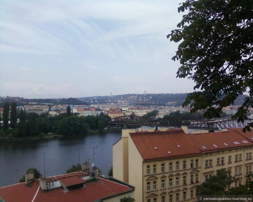 Вид на Прагу 5.