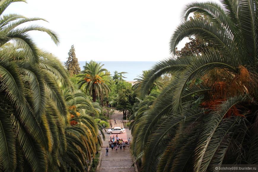 С балкона ресторана Гагрипш  открывается чудесный вид на море.