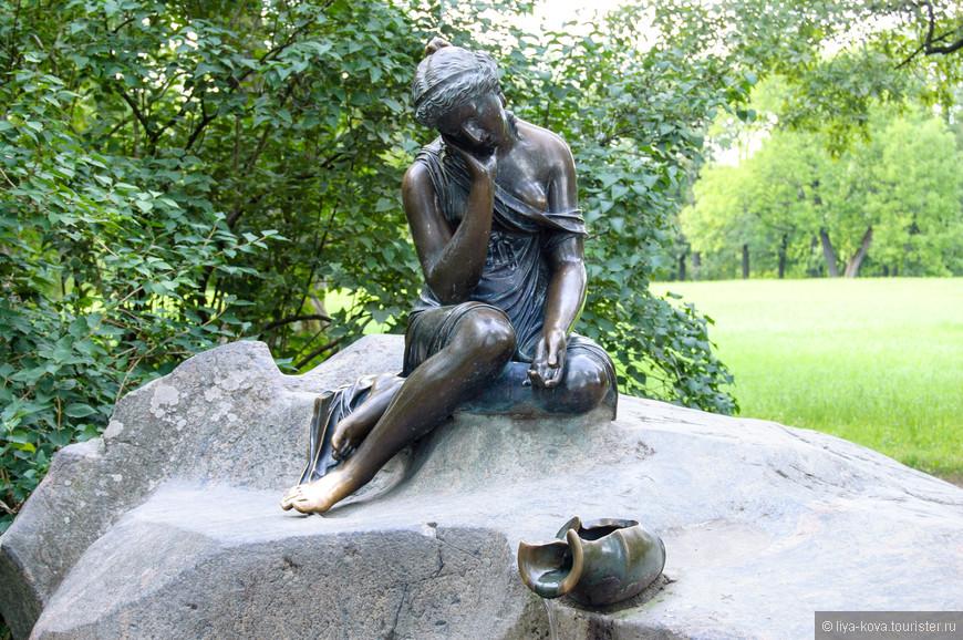 """Девушка с  кувшином"" - любимый фонтан А.С.Пушкина."