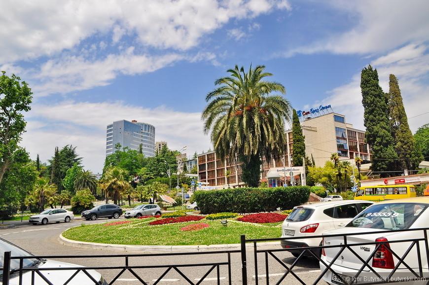 20. Сочи очень ухоженный город в центральной его части, все аккуратно, все красиво.