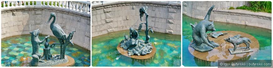31. Скульптуры в фонтане.