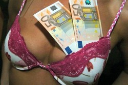 Секс-туризм наоборот: аренда квартиры в Финляндии в обмен на интимные услуги