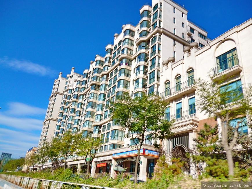 03. В центре много элитного жилья, Пекину с его количеством чиновников и коррупцией элитное жилье очень необходимо.