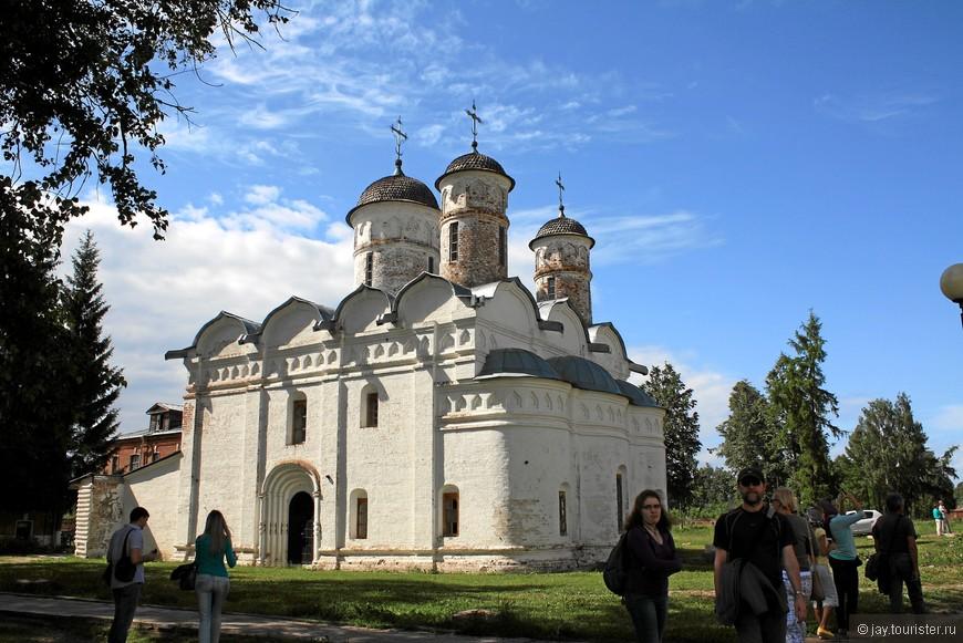 Ризоположенский монастырь. Ризоположенский собор.