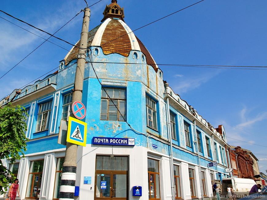 10. В городе много качественной купеческой архитектуры, не восстановленной, но в довольно хорошем состоянии.