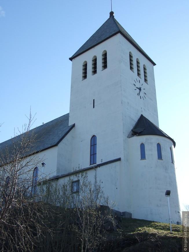 Svolvaer Kirke.