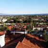 Ещё один вид на город со смотровой площадки здания Суда в Санта-Барбаре
