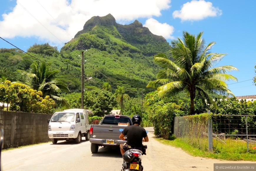 Лучший способ перемещения по острову -- скутер!