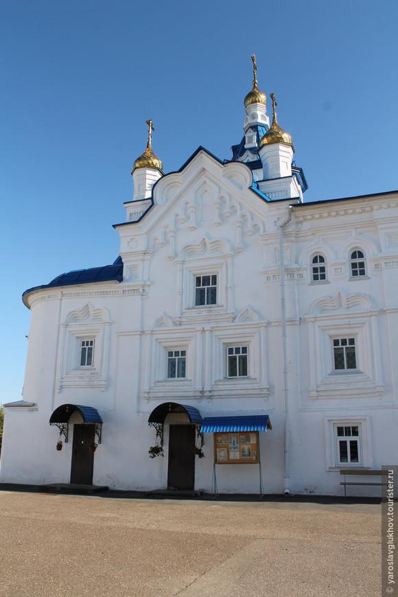 Фрагмент собора Успения Пресвятой Богородицы.