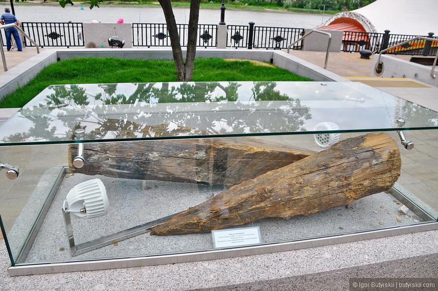 14. Сваи из Лиственницы обнаружены во время работ по облагораживанию набережной в 2014 году.