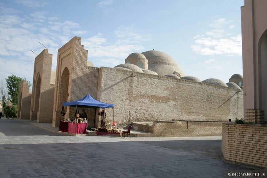 Ворота крепости Арк