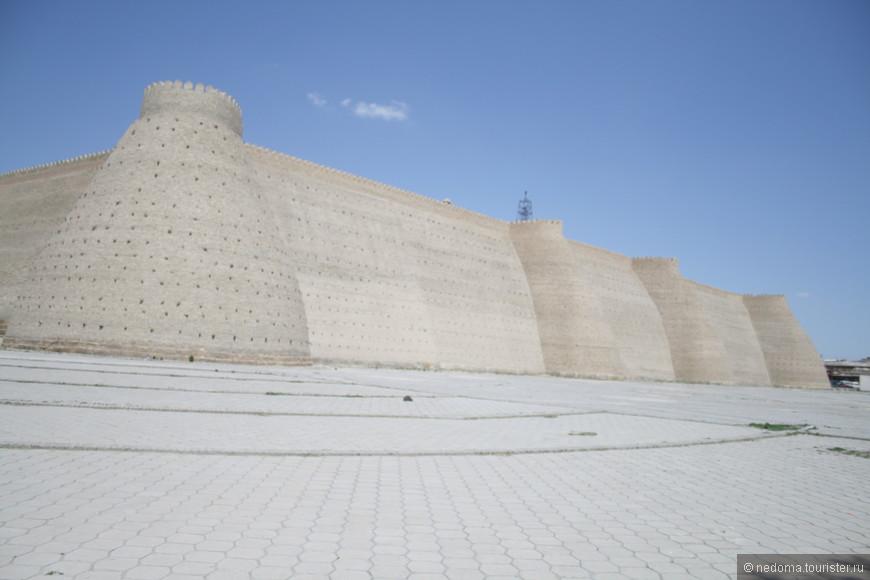 Комплекс Ичан-кала. Большинство архитектурных шедевров Хивы сосредоточено именно здесь
