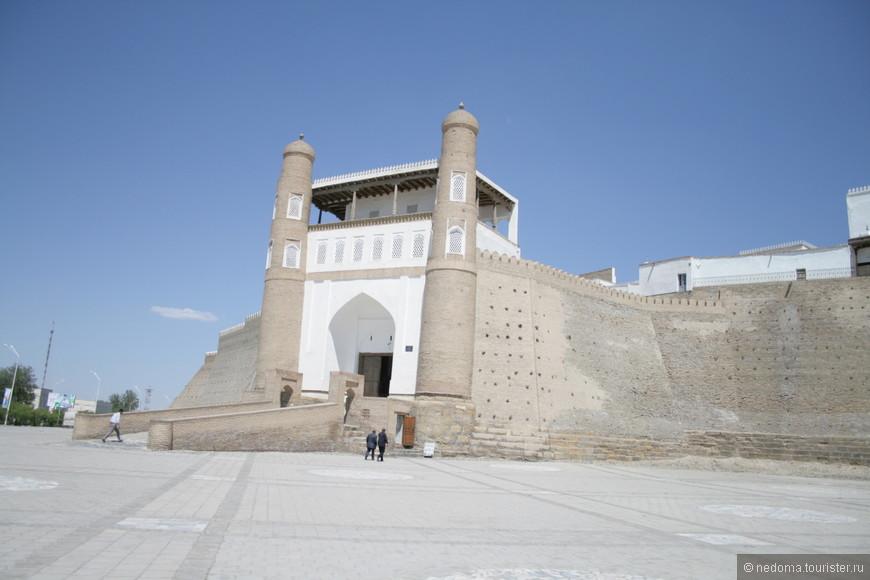 Ворота в Ичан-кала