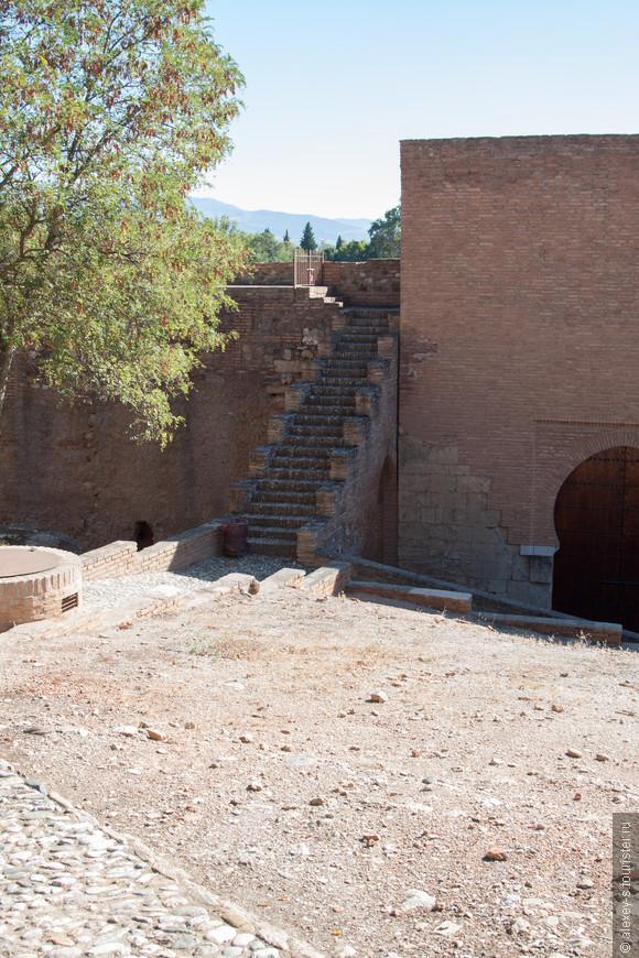 07-верхняя зона Альгамбры-IMG_0534-1.jpg