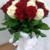 Уже доставленные цветы: № 85-2: букет из белых и красных роз (25 шт.) - 85$