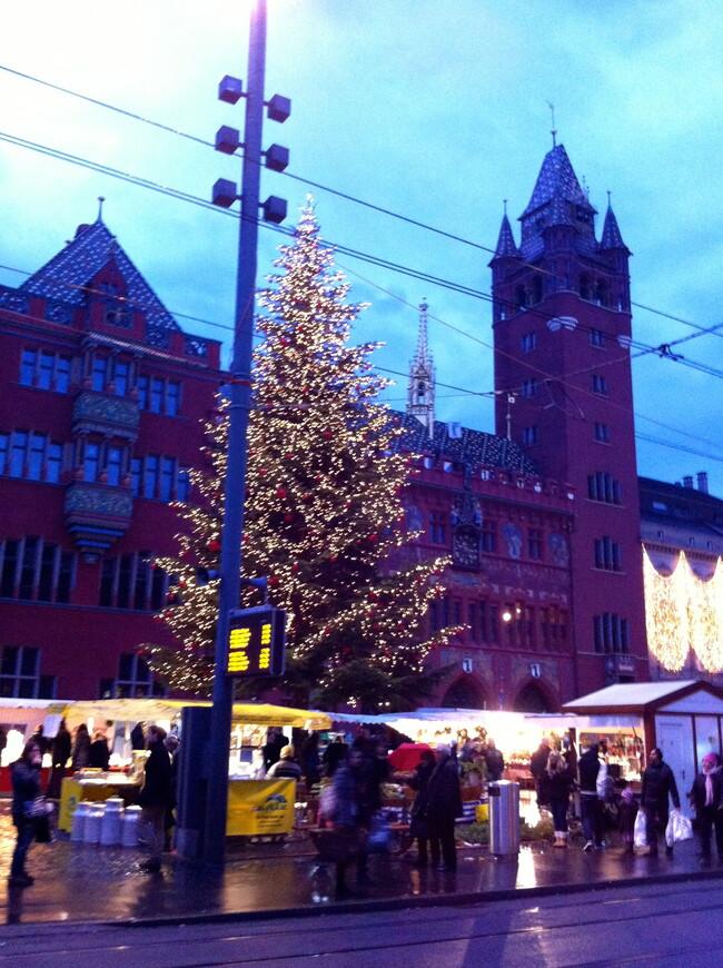 Базель перед рождеством. Рыночная площадь. Ратуша. (экскурсия по Базелю)