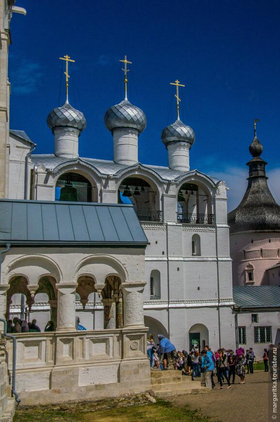 крыльцо Успенского собора, Звонница и Судный приказ
