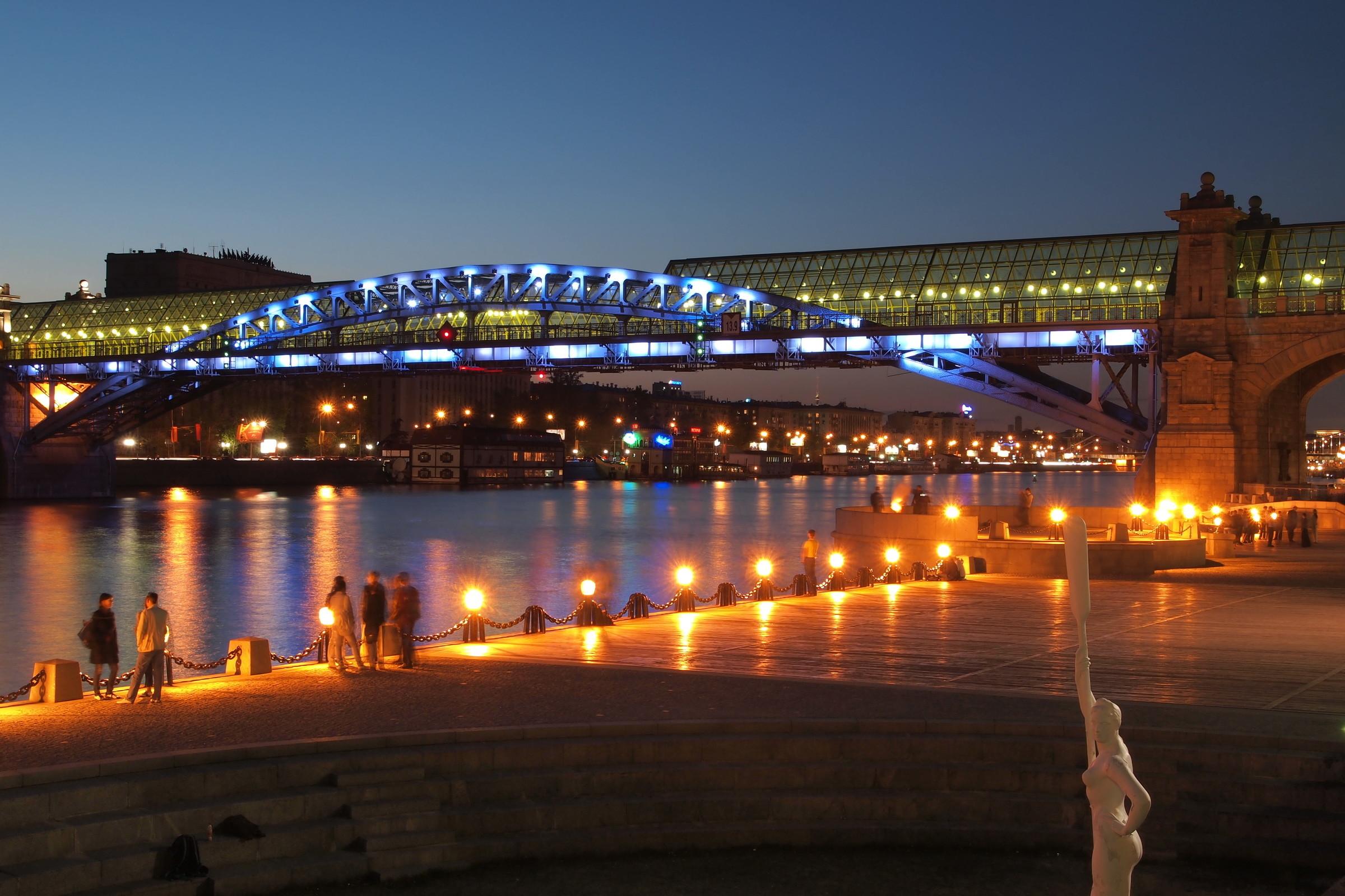 Мост на фрунзенской набережной фото