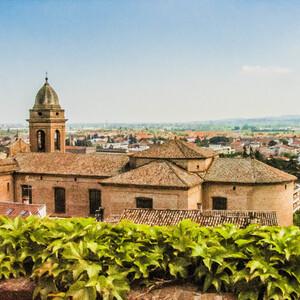 Santarcangelo di Romagna - достойный сосед Сан-Марино