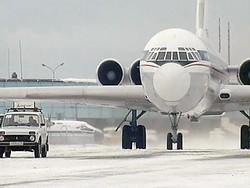 Транспортный коллапс в аэропортах Москвы может продлиться до Нового года