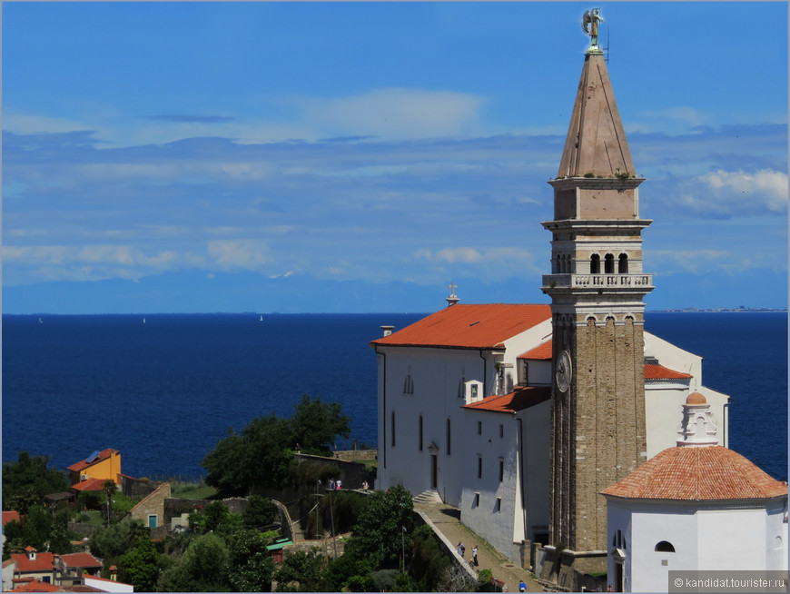 Собор Святого Георгия (1344 г.) и колокольня (1608 г.)