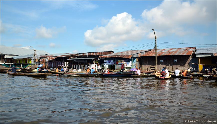 Район Икитоса Белен, где люди живут на воде. В народе это место прозвали Венецией региона Лорето.