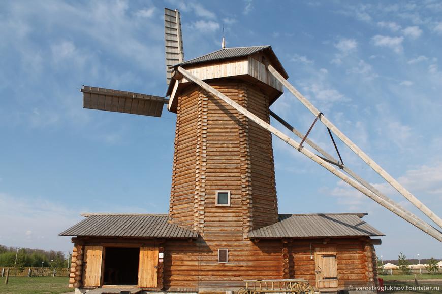 Ветряная мельница — одна из доминант музея хлеба. Её даже было видно с Малого минарета Болгарского Городища!